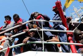 """Francia y Alemania fortalecerán sus """"esfuerzos de reubicación"""" de refugiados para ayudar a Italia"""
