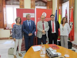 Firmado el convenio para la colaboración del Colegio de Economistas en el Máster de Auditoría de Cuentas