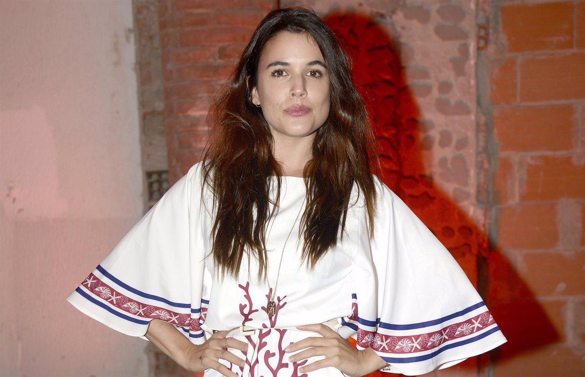 Adriana Ugarte Castillos De Carton adriana ugarte se desnuda en las redes sociales y arden