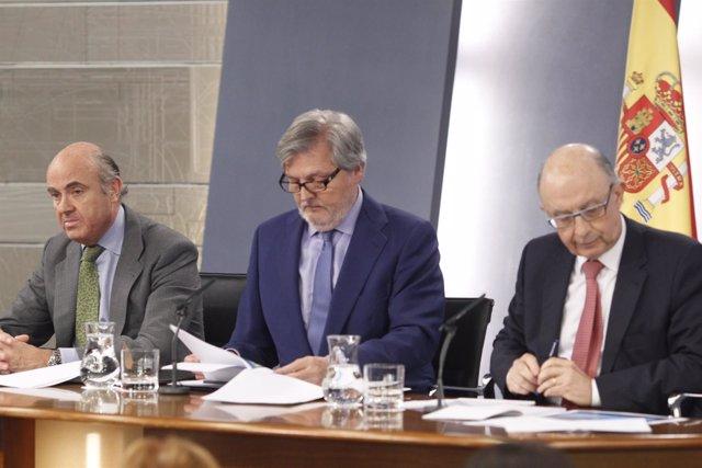 Luis de Guindos, Iñigo Méndez de Vigo y Cristóbal Montoro