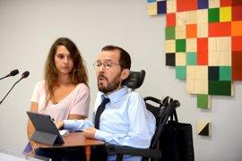 Podemos rechaza la ley de ruptura de Puigdemont y respalda que Colau no quiera poner en peligro a funcionarios