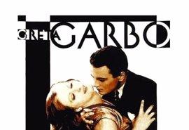 El cine de verano regresa a Cibeles desde este viernes con 'El beso', con Greta Garbo y música en directo