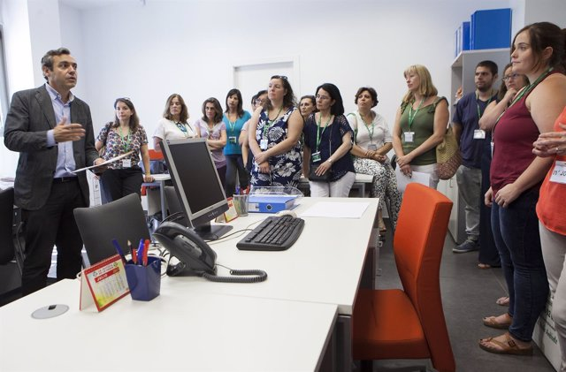 Sevilla. 03/07/2017. Visita Y Presentación En Las Oficinas De San Jerónimo De Lo