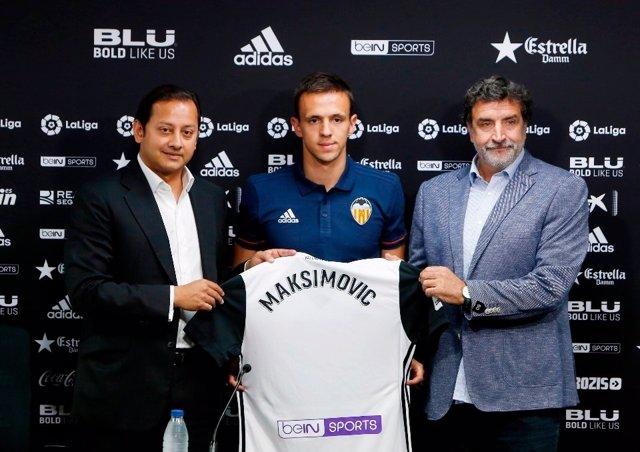Murthy, Maksimovic  y Alexanco