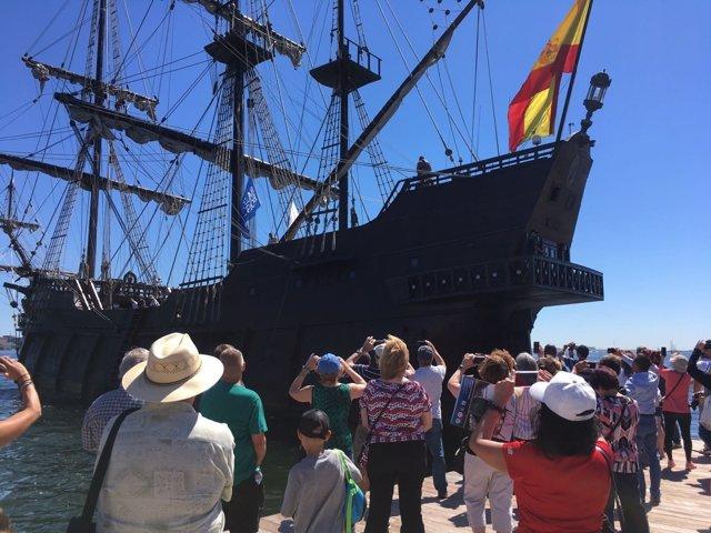 El Galeón Andalucía cautiva a la ciudad de Boston