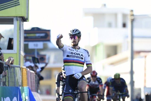 Sagan celebra su triunfo