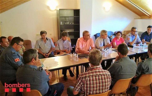 Reunión sobre los bomberos en Pont de Suert, Lleida
