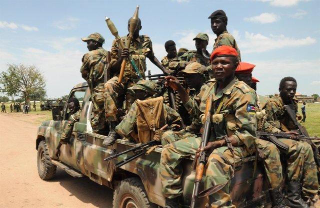 Soldados del Ejército sursudanés en Malakal
