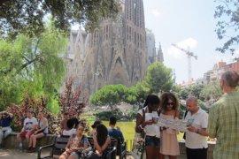 Los turistas extranjeros gastaron 6.070 millones en Catalunya hasta mayo, un 13,6% más