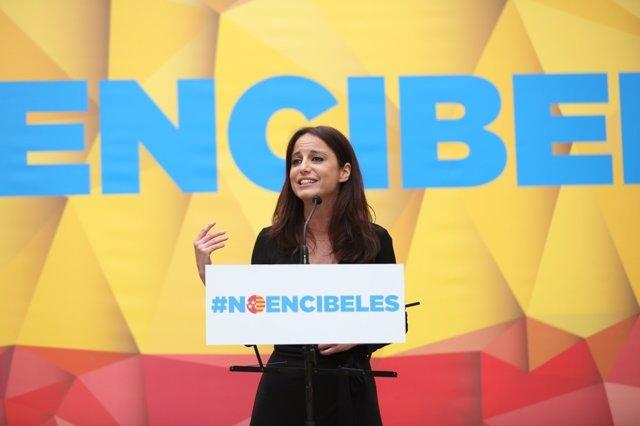 Andrea Levy en un acto en apoyo a la Constitución Española