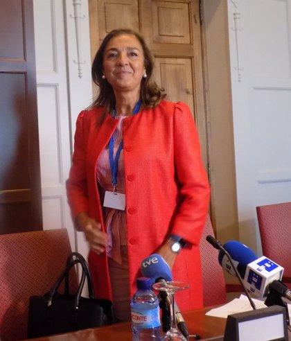 """Carmen Vela afirma que si no se """"optimizan"""" las bases de datos sanitarias, España tendrá """"serias dificultades"""""""
