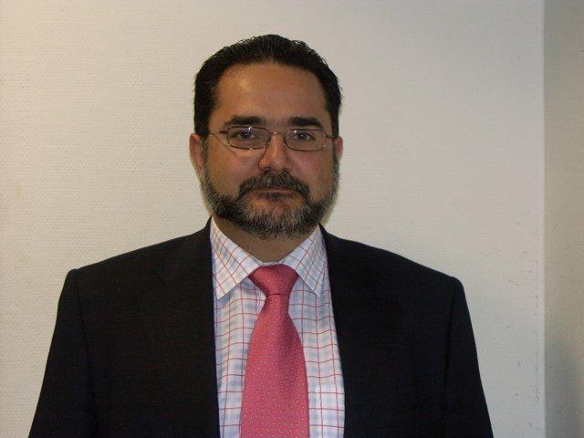 El nuevo director general de Caja Rural de Granada,  Jerónimo Luque Frías