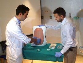 Desarrollan un sistema pionero que evita la aparición de cefaleas tras la epidural