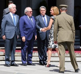 Trillo, entre los exministros de Defensa que han vuelto al Ministerio para conmemorar su 40 aniversario