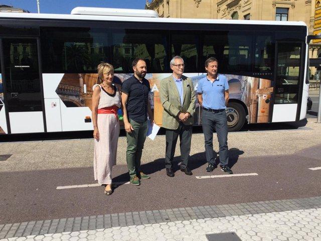 Presentación autobús turístico de Gipuzkoa