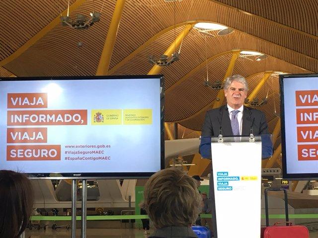 """Dastis presentando la campaña """"Viaja informado, viaja seguro"""""""