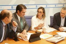 """La Xunta subraya que el texto de subrogación """"da plenas garantías"""" a los trabajadores de autobuses"""