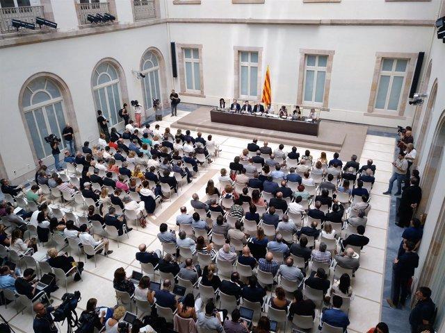 Presentación del proyecto de ley del referéndum en el auditorio del Parlament