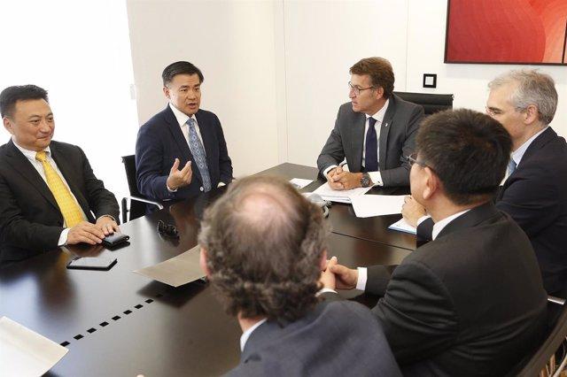 Reunión de Feijóo con directivos de Shanghai Fisheries