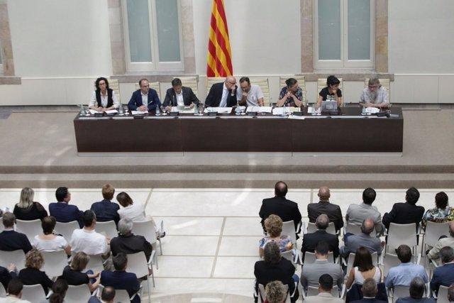 JxSí y CUP explican detalles del referéndum