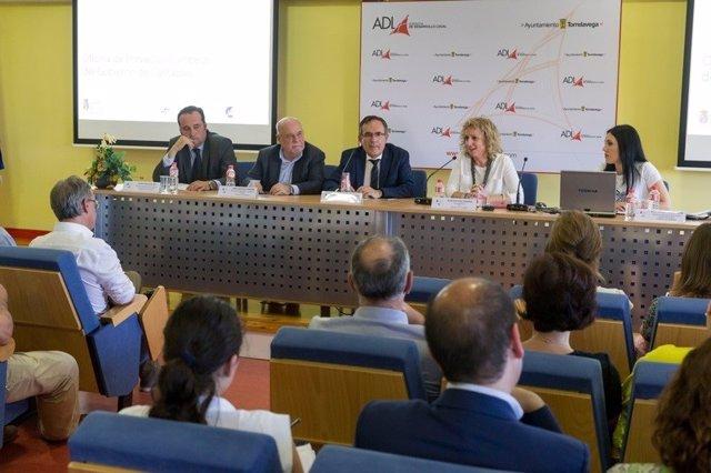 Presentación en Torrelavega sobre la oficina de proyectos europeos