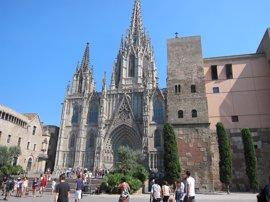 La CUP de Barcelona pide expropiar la Catedral y abrir un economato y una escuela de música