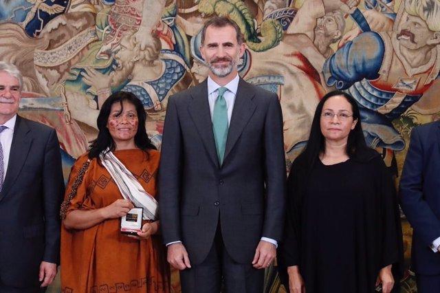 El Rey entrega los premios Bartolomé de las Casas 2014 y 2015