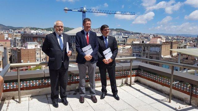 Joan Francesc Pont, José María Gimeno y Xavier Carbonell