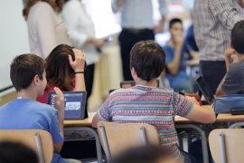 """CCOO pide a la Comunidad que """"rectifique"""" y no incluya las evaluaciones LOMCE en los expedientes de los alumnos"""