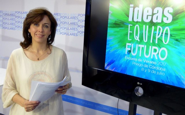 La secretaria general del PP de Córdoba, María Luisa Ceballos