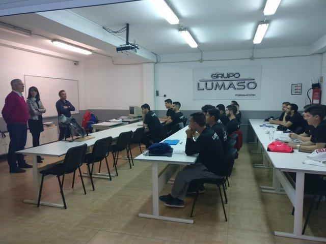 El curso en Huércal de Almería forma a técnicos de vehículos.