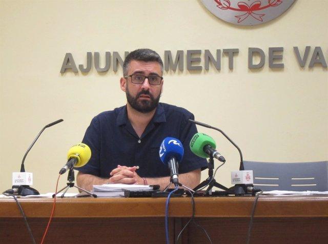 El concejal de Cultura Festiva, Pere Fuset, en la rueda de prensa