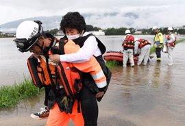 Las fuertes lluvias en Japón dejan más de diez desaparecidos y obligan a evacuar a medio millón de personas