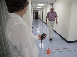 El hipocampo subyace en el vínculo entre andar lento y deterioro mental