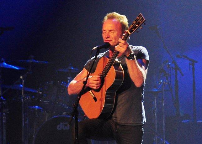 Sting pisa el escenario del Teatro Real./ Europa Press
