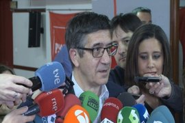 """Patxi López, en contra de utilizar el artículo 155 en Cataluña porque no hay """"ningún hecho"""", solo """"teatro"""""""