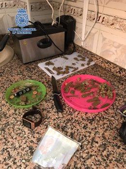Desarticulado un punto de venta de hachís y marihuana