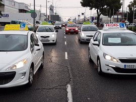 Muchas autoescuelas de Ciudad Real podrían echar el cierre de seguir la huelga de examinadores
