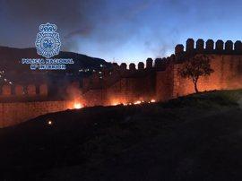Detenido por un incendio que afectó a la muralla y la alcazaba de Antequera