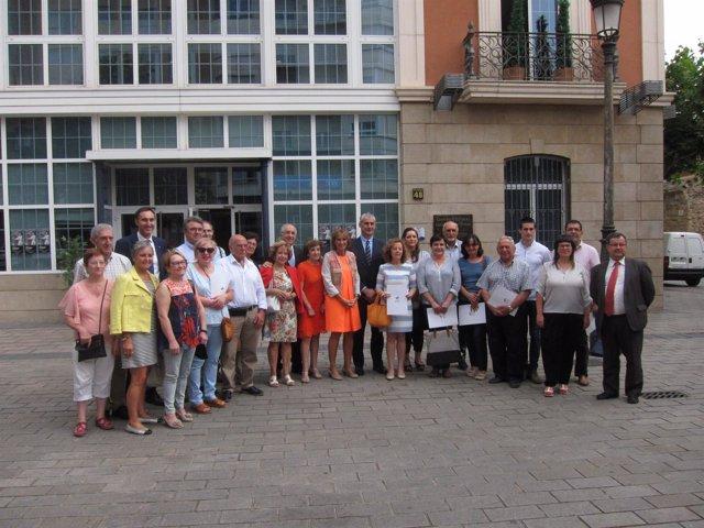 Foto de familia de los responsables de Ibercaja y de las entidades firmantes