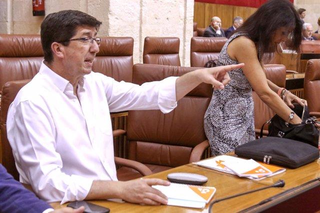 Juan Marín en su escaño del Parlamento andaluz