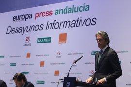 El ministro de Fomento anuncia que las obras del acceso norte al aeropuerto de Málaga se licitarán antes de fin de año