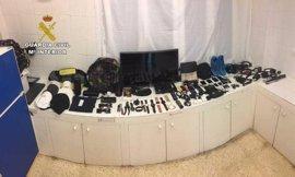 Detenido un hombre por cometer al menos 50 robos en viviendas del puerto de Alcudia