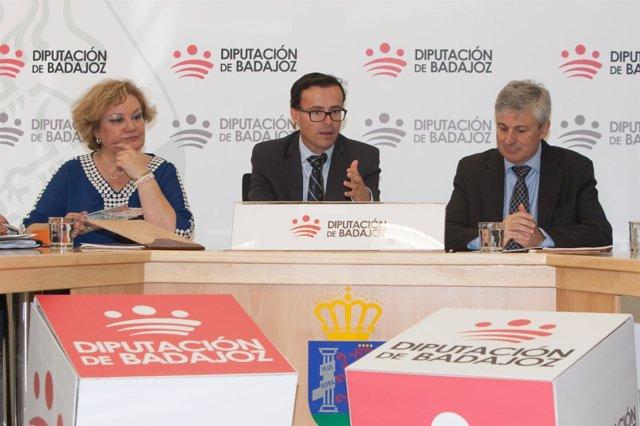 Badajoz, Diputación, Firma De Convenio De Colaboracion Oar