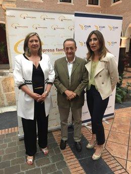 Valladolid.- Del Olmo, José Miguel Isidro y Nuria Vilanova