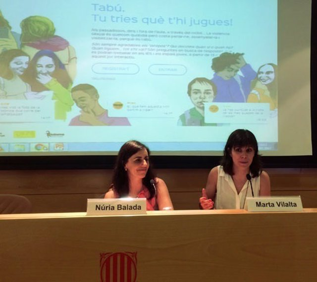 N.Balada y M.Vilalta en la presentación de la exposición interactiva 'Tabú'