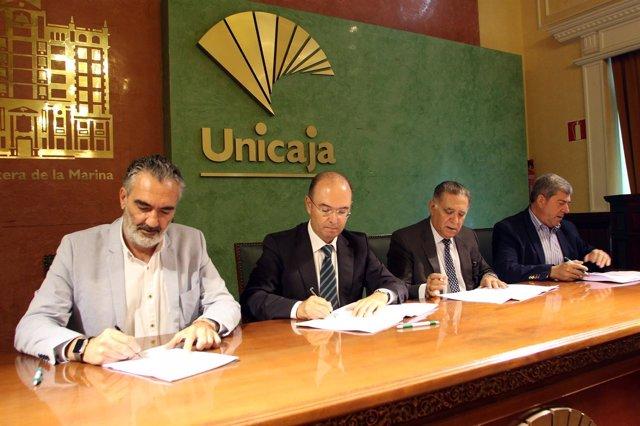 Unicaja, firma convenios con sector turístico