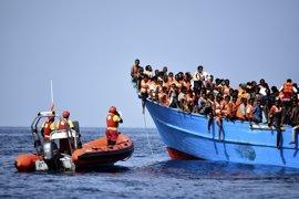 """ONG de rescate de migrantes en el Mediterráneo ven una campaña de """"intoxicación mediática"""" en el intento de regularlas"""