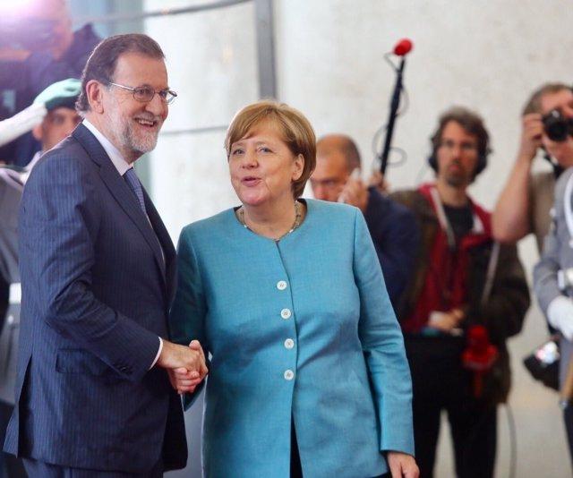 Rajoy y Merkel en la Cumbre europea preparatoria del G20 en Berlín
