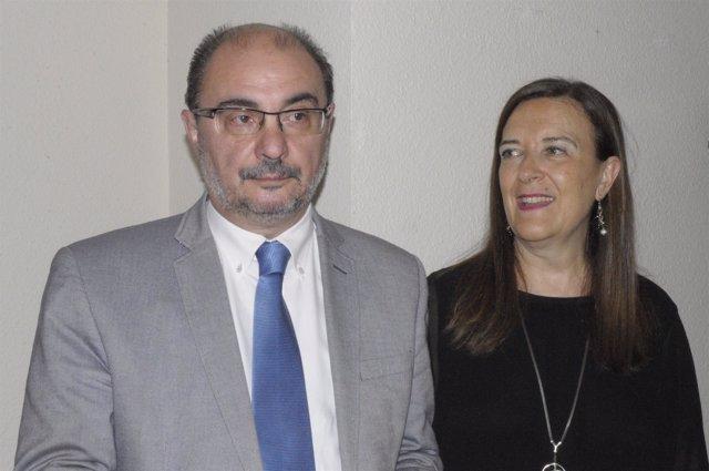 El presidente aragonés, Javier Lambán, y la eurodiputada Inés Ayala.